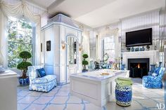 Did you see the October issue of Architectural Digest featuring Patricia Altchul's stunning antebellum mansion in Charleston, South Carolina? It is absolute perfection! I confess my guilty pleasure is watching Southern Charm… I love getting to peek inside the cast members' historic Charleston homes, particularly Altschul's. Known as the Isaac Jenkins Mikell House, the imposing Greek Revival …