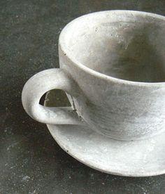Cache pot en ciment Tasse Athezza