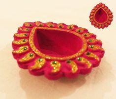 Beautiful Hand Painted Kundan Diya Diwali Decorations, Festival Decorations, Flower Decorations, Diwali Diya, Diwali Craft, Kalash Decoration, Clay Crafts, Arts And Crafts, Diya Designs