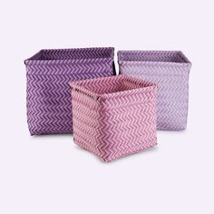 These baskets come in 3 very handy sizes for toys & all sorts. Great for organising your mucky pup's nursery.