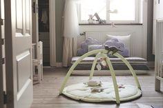 ¡Que no falten detalles para los más pequeños como LEKA! (29,99€ Ikea Portugal, Ikea Baby, Baby Gym, Infant Activities, Two Bedroom, Kids Furniture, Hanging Chair, Bassinet, Bean Bag Chair