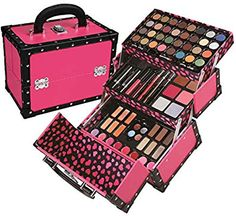Find BR Carry All Trunk Train Case Makeup Reusable Case Makeup Gift Set (Pink) online. Shop the latest collection of BR Carry All Trunk Train Case Makeup Reusable Case Makeup Gift Set (Pink) from the popular stores - all in one Cosmetic Train Case, Makeup Train Case, Makeup Case, Makeup Gift Sets, Makeup Box, Makeup Storage, Beauty Makeup, Eye Makeup, Make Up Kits