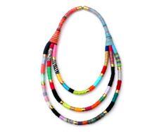Joyería de blanco y negro textil en el collar línea de por ATLIART