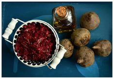 Turmeric Coffee Recipe, Perder 10 Kg, Coffee Ingredients, Pickled Beets, Beet Salad, Fatty Liver, Canning Recipes, Beetroot, Coffee Recipes