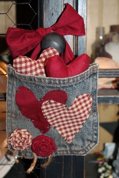Primitive Denim Heart Pocket Tucks Valentines Love Prim Fillers Burgundy