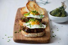 Kublanka vaří doma - Houbová bruschetta Breakfast Tea, Ciabatta, Bruschetta, Bagel, Tea Time, Hamburger, Treats, Fresh, Cooking