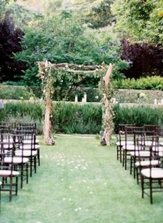 Rustic Wedding Ceremony ... Wedding ideas for brides, grooms, parents & planners ... https://itunes.apple.com/us/app/the-gold-wedding-planner/id498112599?ls=1=8 ... plus how to organise your entire wedding ... The Gold Wedding Planner iPhone App ♥