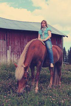 Finnish countryside and a beautiful Finnish horse Black Australian Shepherd, Leopard Appaloosa, Horse Breeds, Show Horses, Brown Bear, Beautiful Horses, Farm Life, Old Friends, Beautiful Creatures