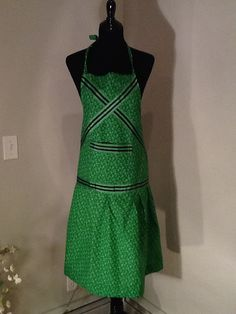 Green heavy cotton with striped blue trim hostess apron