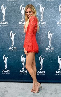 Kelsea Ballerini - Most Beautiful Girls American Country Music Awards, Best Country Singers, Country Artists, Kelsea Ballerini Hot, Girl Celebrities, Celebs, Beautiful Celebrities, Short Skirts, Mini Skirts