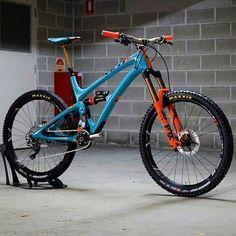 Dream Bike Dream Bike You can find Mtb and more on our website. Mountain Biking, Hardtail Mountain Bike, Mountain Bike Reviews, Mountain Bike Shoes, Hardtail Mtb, Mt Bike, Mtb Bicycle, Montain Bike, Downhill Bike