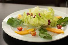 Snack Point (almoço)    Salada Mix  Mix de folhas regadas ao molho especial, mussarela de búffala, tomate cereja, manga e amêndoas laminadas