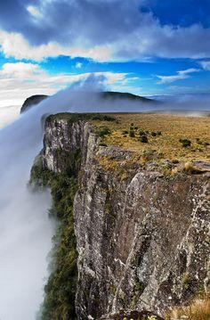 Canyon Fortaleza, Parque Nacional dos Aparados da Serra, Rio Grande do Sul, Brazil.