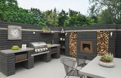 Outdoor Kitchen Designs To Get Things Cooking In Your Backyard: These outdoor kitchen design ideas are ideal for backyard entertaining. Spend more time outside this summer with these outdoor patio kitchens. Outdoor Rooms, Outdoor Gardens, Outdoor Furniture Sets, Outdoor Decor, Indoor Outdoor, Wooden Furniture, Antique Furniture, Backyard Patio, Backyard Landscaping