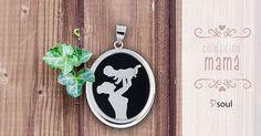 ¿Pensando en qué regalar el Día de la Madre? ¡Con la Colección #Mamá acertarás! #Colgantes de momentos únicos. #Regalos