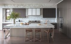 A Pacific Heights kitchen by Richard Felix-Ashman of Handel Architects | Photo by David Livingston