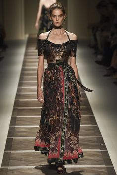Milan Fashion Week 2016 Spring Summer News: Day three best moments   Milan Design Agenda