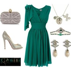 Gorgeous Dress & Accessories!