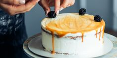 Combine Jell-O powder with white frosting if you're out of food coloring. Greek Yogurt Frosting, Plain Greek Yogurt, Home Baking, Baking Tips, Fluffy Scrambled Eggs, Vanilla Icing, Cheesecake Recipes, Mac And Cheese, Baking Ingredients