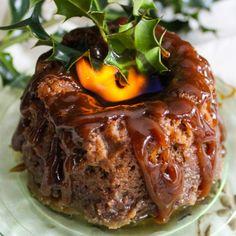 Christmas Figgy Pudding Fig Recipes, Pudding Recipes, Holiday Recipes, Dessert Recipes, Christmas Recipes, Holiday Foods, Figgy Pudding Recipe Traditional, Pudding, Pastries