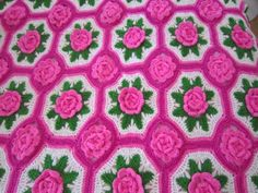 HANDMADE 3D ROSES FLOWER CROCHET AFGHAN THROW PINK BUDS SHABBY CHIC