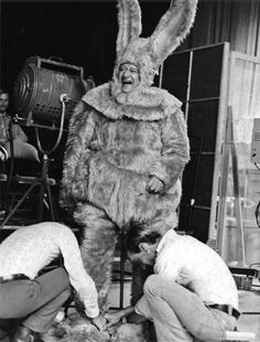 Very rare image of John Wayne in the bunny suit! Very rare image of John Wayne in the bunny suit! John Wayne, Vintage Tv, Vintage Photos, Vintage Photographs, Classic Hollywood, Old Hollywood, Hollywood Actresses, Iowa, Westerns