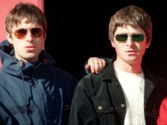 Liam and Noel Gallagher Fighting | Liam and Noel Gallagher of Oasis, September 1997 Lámina fotográfica