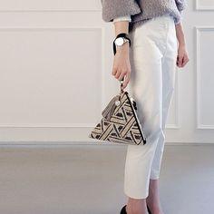 Triangle Bag, Crochet Mandala Pattern, Diy Vetement, Bag Pattern Free, Fabric Stamping, Diy Tote Bag, Stylish Handbags, Handbag Patterns, Diy Handbag