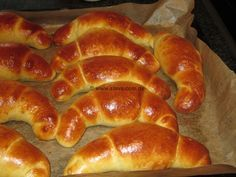 """The perfect butter croissants «cooking & baking made easy with step-by-step pictures and"""" tastes-tasty-guaranteed """"from & with Slava 30 Rezepte German Baking, German Bread, Austrian Recipes, Cooking Bread, Comida Latina, How Sweet Eats, Love Food, Sweet Recipes, Baking Recipes"""