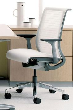 17 best desk chairs images desk chairs office chairs office rh pinterest com