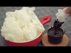 Rice Paper Snack with Chocolate Sauce [2 Ingredients] - YouTube Chocolate Sauce Recipes, Easy Food To Make, Dessert Recipes, Desserts, 2 Ingredients, Rice Paper, Chocolate Cake, Icing, Cake Decorating
