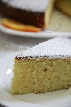 Salem alaykoum, bonjour a tous; Aujourd'hui je partage a vec vous la recette d'un gâteau simple à réaliser, mais divinement bon, bien moelleux au goût de l'orange, c'est une recette que j'ai trouvé sur le blog de mon amie Fatima Zahra (CLIC pour la recette...