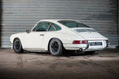 Porsche (Outlaw) 911 on Cookiecutters