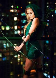 "Emily Bett Rickards as Felicity in ""Arrow"" Felicity Smoke, Arrow Felicity, Arrow Cw, Team Arrow, Emily Bett Rickards, Arrow Costume, Arrow Cosplay, Tommy Merlyn, Stephen Amell Arrow"