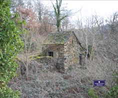Forgotten France - The perfect Aveyron hideaway. A one bedroom  cottage with amazing views.