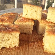 Use this recipe for your kids school lunches this week!  http://wheatfreemom.com/blog/recipe-gluten-free-dairy-free-focaccia/