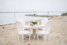 Coastal vintage furniture | The Kama Photography on @tidewatertulle via @aislesociety