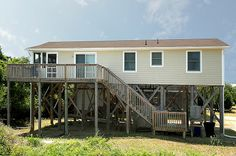 WHALE-IN - 3 bedrooms, 2 baths on the Avon ocean side