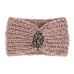 Ett mjukt, rosa pannband som får en glammig touch tack vare de skimrande pärlorna.  Glittrig pärlapplikation fram  Mjuk, ribbstickad kvalitet    Handtvätt Material: 100% Akryl Artikelnummer: 7487958