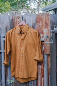 Men's King's Road Shop Vintage Mustard Button Up  This mustard yellow King's Road Shop button-up is a truly handsome piece! The gold tone of this shirt is bound to complete your autumn wardrobe. With a pair of leather oxfords, cuffed dark denim jeans and a skinny brown wool tie...need I say more?! : )  https://www.etsy.com/listing/211619645/mens-kings-road-shop-vintage-mustard