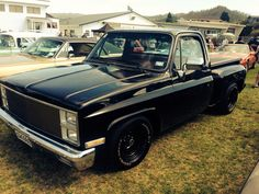Nice early '80s C10 step side...
