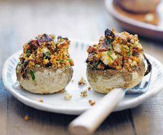 Découvrez notre recette de champignons farcis croustillants. Si vous aimez les légumes, vous allez adorer ce plat allégé.
