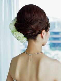 The perfect wedding up do. Clean and fresh i think  mine will look like this too.
