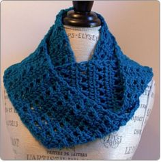 Maybe you feel limited because you're still a beginner at crocheting and think that you don't have too many options open to you. The crossed double crochet is extremely simple, but its crossover stitch gives a great texture to any piece of work.