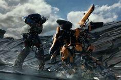Transformers: O Último Cavaleiro - Liberado o primeiro trailer oficial do filme! Transformers Film, Transformers Bumblebee, Optimus Prime, Best Movie Trailers, Epic Trailer, Trailer Oficial, Boom Studios, Last Knights, Full Movies Download
