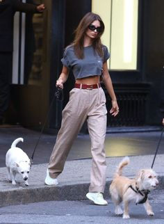 wearing a cropped gray t-shirt, plaid wide leg pants, a red belt with a gold buckle, black rectangular sunglasses, and off-white sneakers Outfits street style How to Style Your Plaid Pants Like a Celeb - College Fashion Women's Summer Fashion, Look Fashion, Denim Fashion, Fashion Outfits, Fashion Pants, Fashion Black, Petite Fashion, Trendy Fashion, Womens Fashion