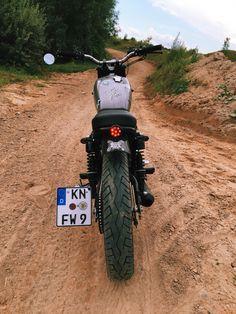 My Sr500⚡️⚡️⚡️ #yamaha #sr500 #caferacer #scrambler #custom #motorcycle