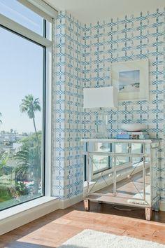 Kreme wallpaper Knots in Indigo - Emily Henderson project Lit Wallpaper, Blue Wallpapers, Wall