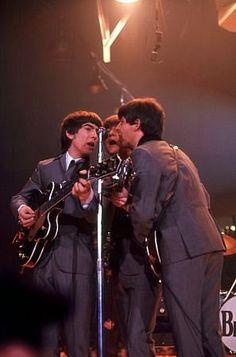 The Beatles, (George Harrison, John Lennon, Paul McCartney) live in concert, Washington D. C.