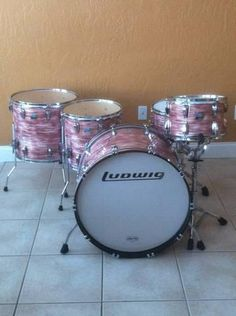 Beautiful Pink Oyster Ludwig kit! (Pinned this before and I wanted to repin again.) (:) PinkX